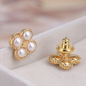 Tory Burch Pearl Four-Leaf Clover Earrings